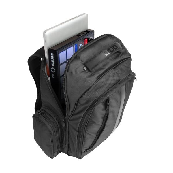udg-ultimate-backpack-blackorange-inside-2