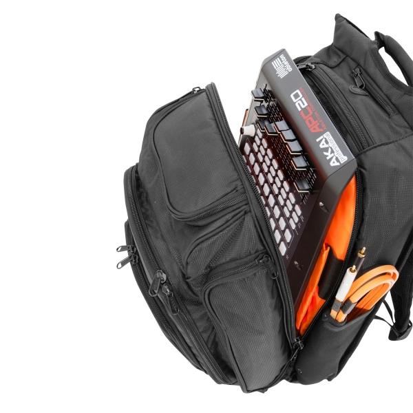 udg-ultimate-digi-backpack-blackorange-inside-2