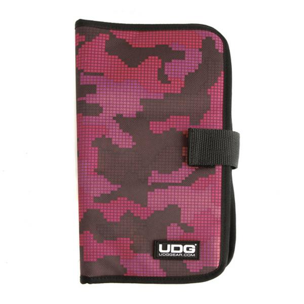 UDG Ultimate CD Wallet 24 Digital Camo Pink_1