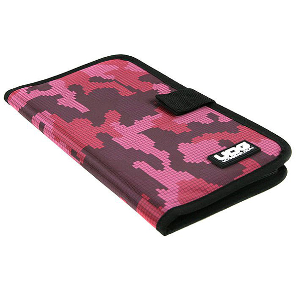UDG Ultimate CD Wallet 24 Digital Camo Pink_3