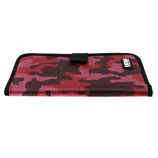 UDG Ultimate CD Wallet 24 Digital Camo Pink_5