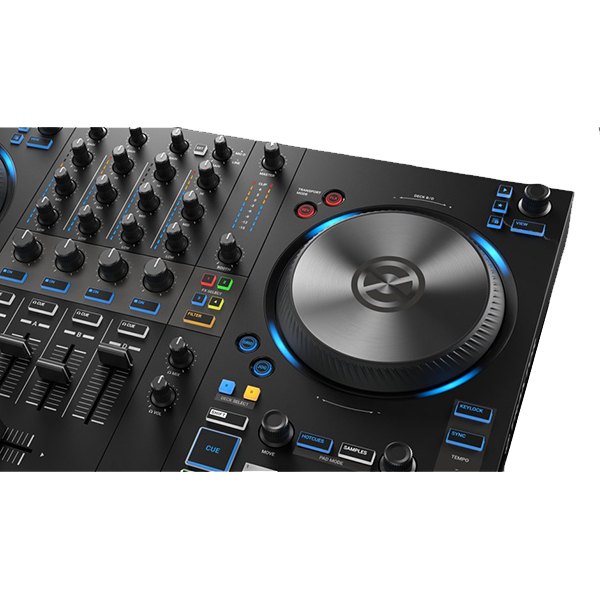 img-ce-gallery-traktor-kontorl-s3-overview-page-04-gallery-01-lightring-png-26ae67e8a86c1acc37cf7f6cfe77d45b-d